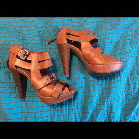 Guess Shoes - Guess sandals